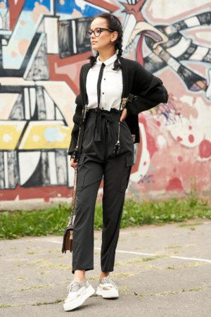 Cardigan negru casual cu croi larg din material tricotat cu aplicatii cu paiete cu snur